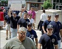 Stávkující hasiči v Trentonu (New Jersey - USA) 1
