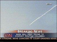 Záběry CNN zachycují strmý sestup raketoplánu. FOFO: I-DNES