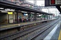 Ti, kteří přišli o řidičák, musí na vlak. Koleje jsou všude, vlaky jezdí po pár minutách. Vnitřek př