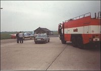 Nouzové přistání sportovního letadla, letiště Aero – foto HZSP Aero