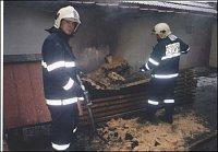 Požár dřeva, Odolená Voda – foto HZSP Aero