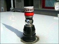 Totéž, ale v jiném provedení – nesmrtelná anténa řady Sirio Turbo, zde typ 2000 (jednotlivé typy tét