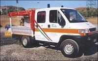 Vůz italské civilní ochrany v jejich typických barvách.