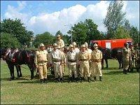 Vítězný kolektiv OSP Jastrzembie Gorne v historických uniformách