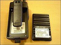 Baterie je složená ze šesti tužkových Ni-Cd akumulátorů o kapacitě 700mAh.