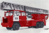 takhle nějak vypadal v barvách moskevských hasičů...
