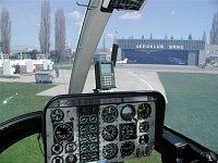 """Přístrojová deska vrtulníku Bell 206, foto Pavel Urbánek, <a href=""""http://www.zachrannasluzba.cz""""tar"""