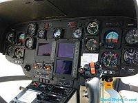 """Přístrojová deska EC-135T2 OK-DSC, foto David Modrý, <a href=""""http://www.zachrannasluzba.cz""""target=_"""