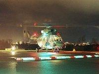 """Vrtulník W-3A Sokol 0719 při noční záchranné akci. Foto Vladimír Janda, <a href=""""http://www.zachrann"""