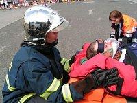 Důležitá komunikace mezi zraněným a zasahujícím hasičem
