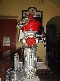 foto: Jana Bohuslavová, SDH Mělník-Blata, tento hydrant hasí žízeň návštěvníků Restaurace u Soptíka