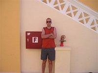 Jakub Kozák a nadzemně-nástěnný hydrant, Egypt, Hurghada, hotel Aqua Blue Resort