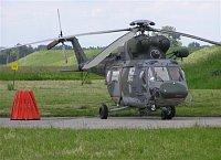 Armáda ČR používá pro letecké hašení vrtulníky W-3A Sokol z kbelské letecké základny. Foto Pavel Neh