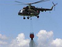 Shoz vody z Mi-17. Foto Pavel Nehybka.