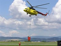 Odlet vrtulníku Mi-171. Foto Pavel Nehybka.
