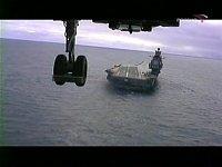 přiblížení k lodi