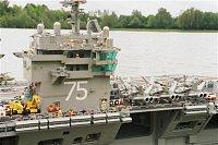 bonus - funkční letadlovka USS Harry S. Truman (CVN 75) z lega