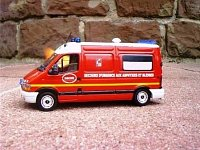 model sanitky Renault/Picot francouzských hasičů