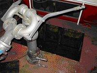 CAS 32 na podvozku TATRA 148, která má svépomocí odstraněnu nádrž na pěnidlo (k otázce 36)