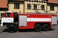CAS 32 na podvozku TATRA 815 s vysokotlakým čerpadlem (k otázce 45)