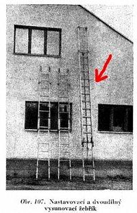 Vysouvací žebřík dřevěný (k otázce 49)