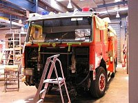 Scania P113M Pumper-Tanker Metropolitan Fire Brigade of Melbourne při renovaci laku