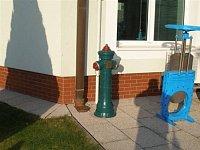 foto: M.Český,HZS Středočeského kraje PS Jílové u Prahy - hydranty v areálu firmy Hawle v Jesenici u