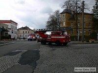 Přejezd techniky z místa zásahu do hasičárny k vyhodnocení