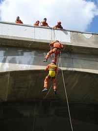 Výcvik na Pinočetově mostě - I