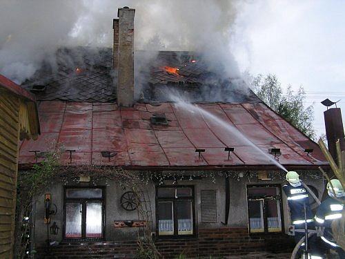 Požár střechy 2