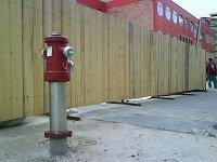 ihasici.cz - hydrant u pardubického Tesca