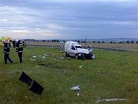 Řidič při nehodě vypadl z vozidla
