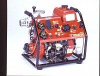 Tohatsu V20D2 pro lesní požáry, možno nést na zádech hasiče
