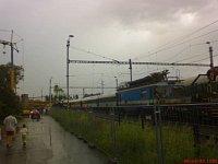 Zásah komplikuje déšť - aktuální fotografie z místa zásahu okolo 17. hod
