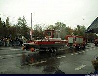 holešovický Mercedes s člunem