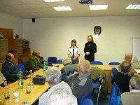 naše veterány přišla na setkání pozdravit také krajská ředitelka Jarmila Čičmancová