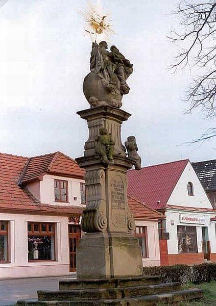 sousoší Nejsvětější trojice na náměstí v Brumově-Bylnici