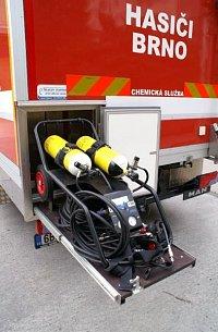 dálkový dýchací přístroj Dräger PAS AirPack 1