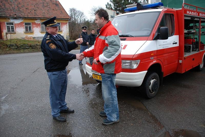 ad6d8fe54e4 2011 byla jednotce dobrovolných hasičů obce Budislav předána do užívání  nová požární technika. Jedná se o vozidlo RZA Mercedes Benz 414 4×4.