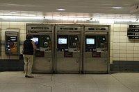 automat na zakoupení metro karty