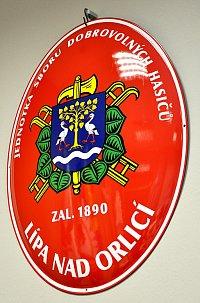 Smaltovaný hasičský ovál se znakem obce
