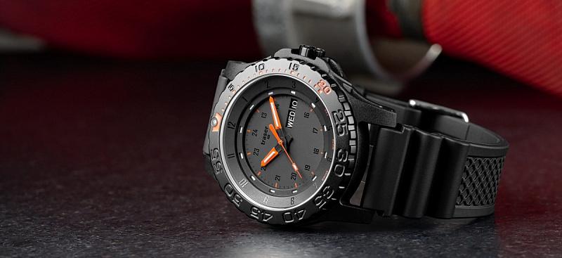 Úkolem hodinek Traser P6600 Red Combat je obstát i v opravdu náročných  podmínkách c0839cc884