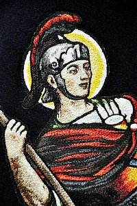 Výšivka sv. Floriána je dokonale plastická díky stínování a pokročilým vyšívacím technikám, které se používají po staletí.